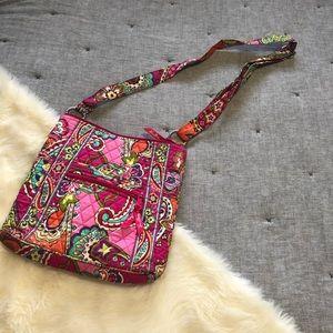 Vera bradley crossbody paisley purse